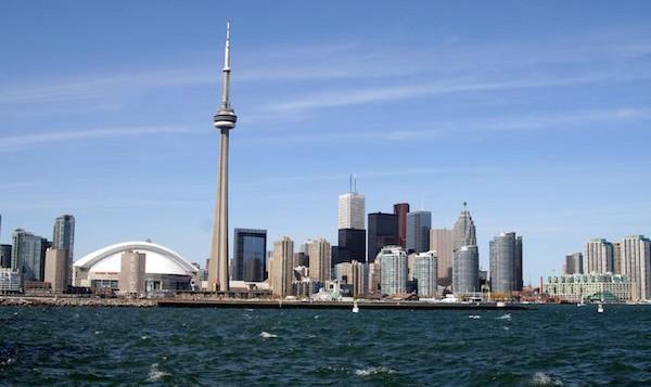 levné letenky Toronto
